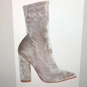 """Velvet 4"""" high heels"""